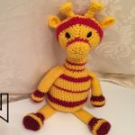 http://lucykatecrochet.com/crochet-giraffe-pattern