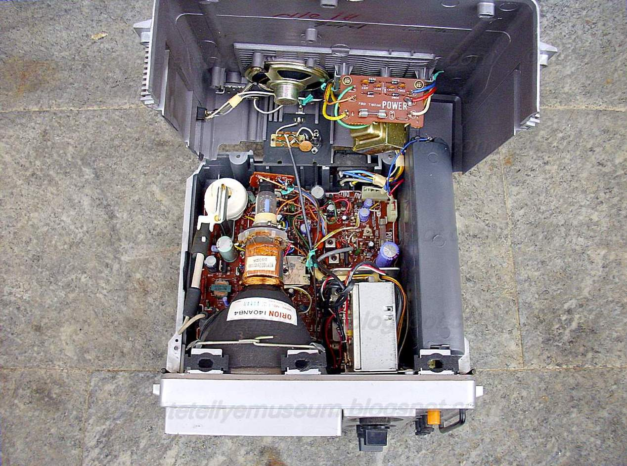 Obsolete Technology Tellye Inno Hit Tv5b Chassis Internal View Voltage Regulator Zener Diode Circuit Electrical Engineering Stack A Is Disclosed For Improving Operation Of Linear Having An Input Terminal Output And Reference
