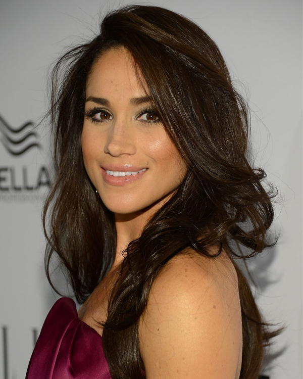 MEGHAN MARKLE BODY MEASUREMENTS HEIGHT WEIGHT BRA SIZE AGE