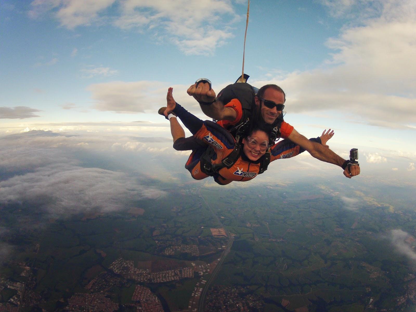 Fábia Yves A História Do Centro Nacional De Paraquedismo