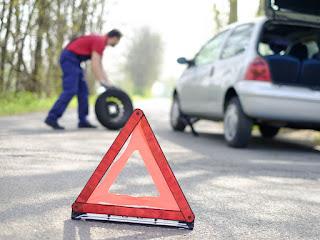 Qué hacer ante un pinchazo del neumático