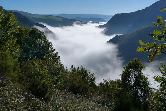 Mar de nubes sobre el Valle del Ahío - Los Oscos - Asturias