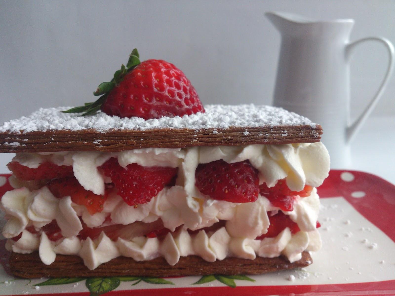 Milhojas de fresas con nata - Frambuesa y Caramelo 09c2b143882