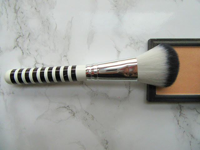 Lidl Large Powder Brush black and white