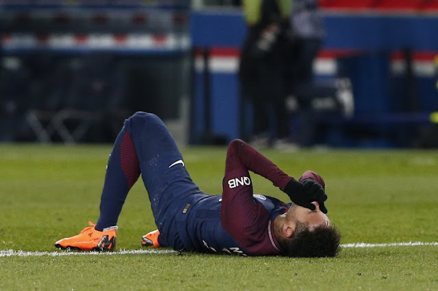 إصابة نيمار تثير غضب كبير في فرنسا بسبب مباراة ريال مدريد والتسائل حول الإلتحاق بمباراة دوري الأبطال 2018 تفاصيل