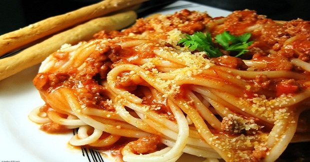Spaghetti With Ground Beef And Red Sauce Recipe