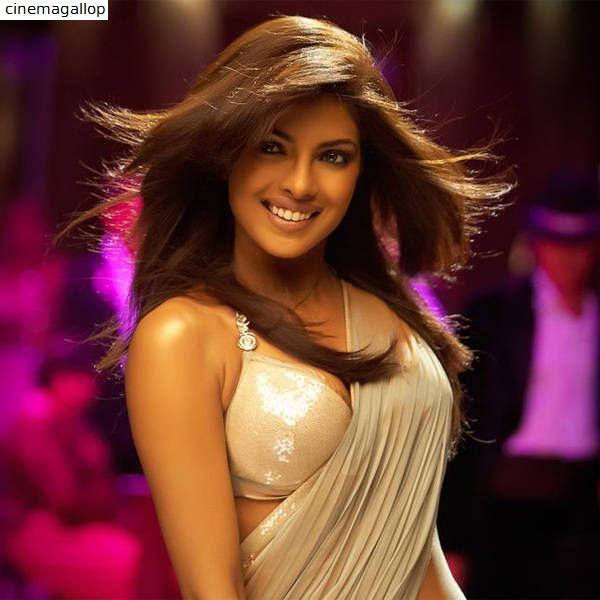 Priyanka Chopra Hot & Spicy Saree Pictures will make your day