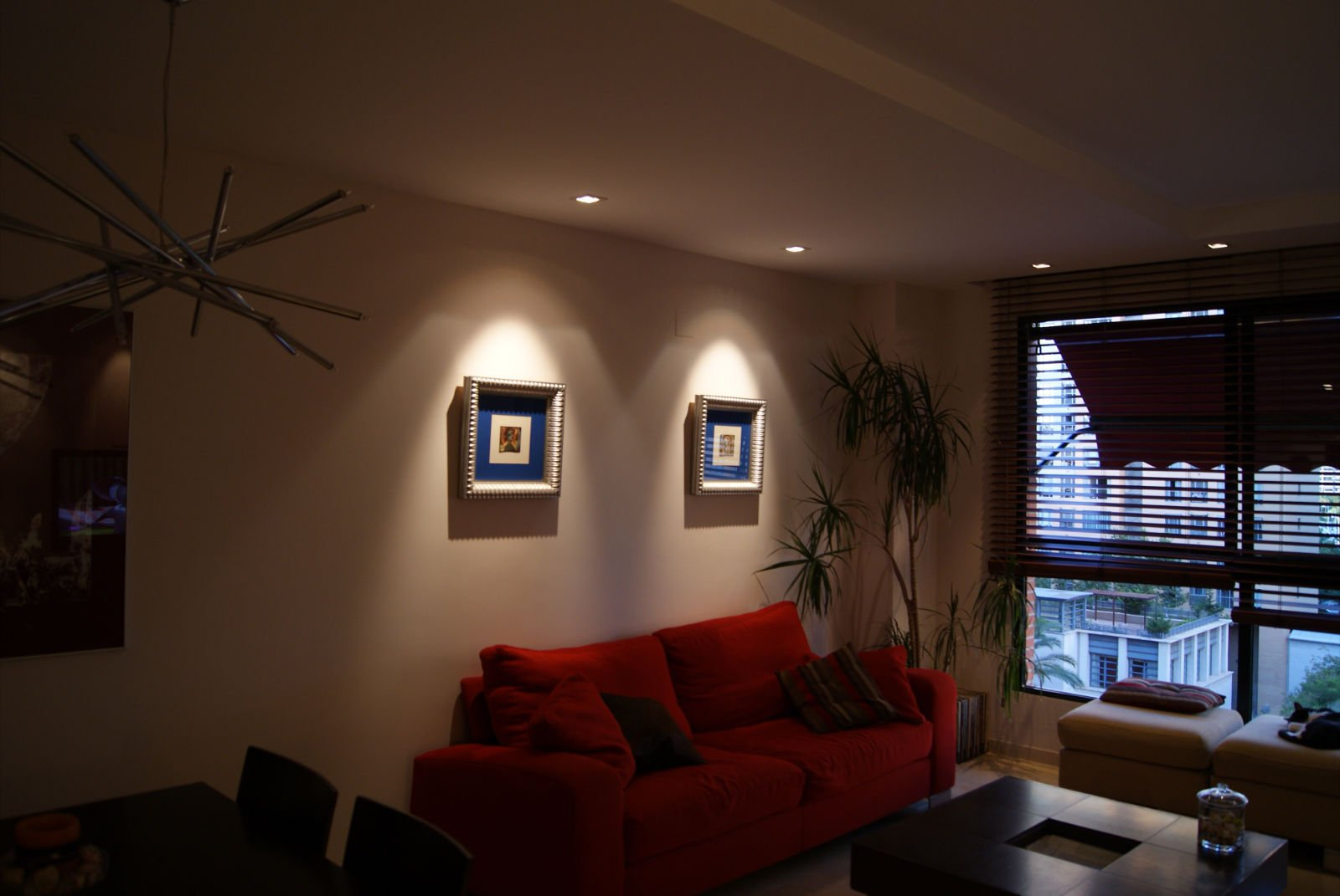 Instalaciones el ctricas residenciales 5 formas de for Iluminacion minimalista interiores
