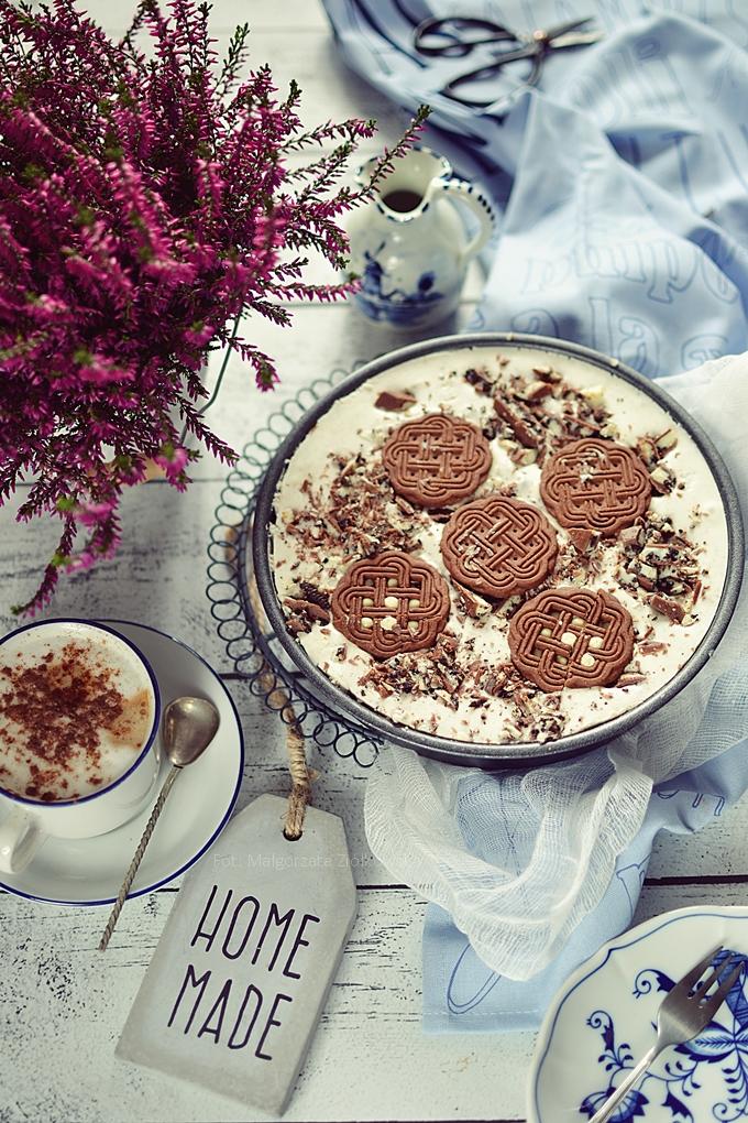 Sernik markizowy na zimno z ciasteczkami i czekoladą oreo