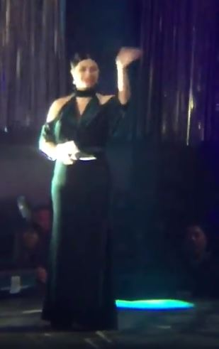 Angel Locsin Gave The Sweetest Flying Kiss To Her Fans!