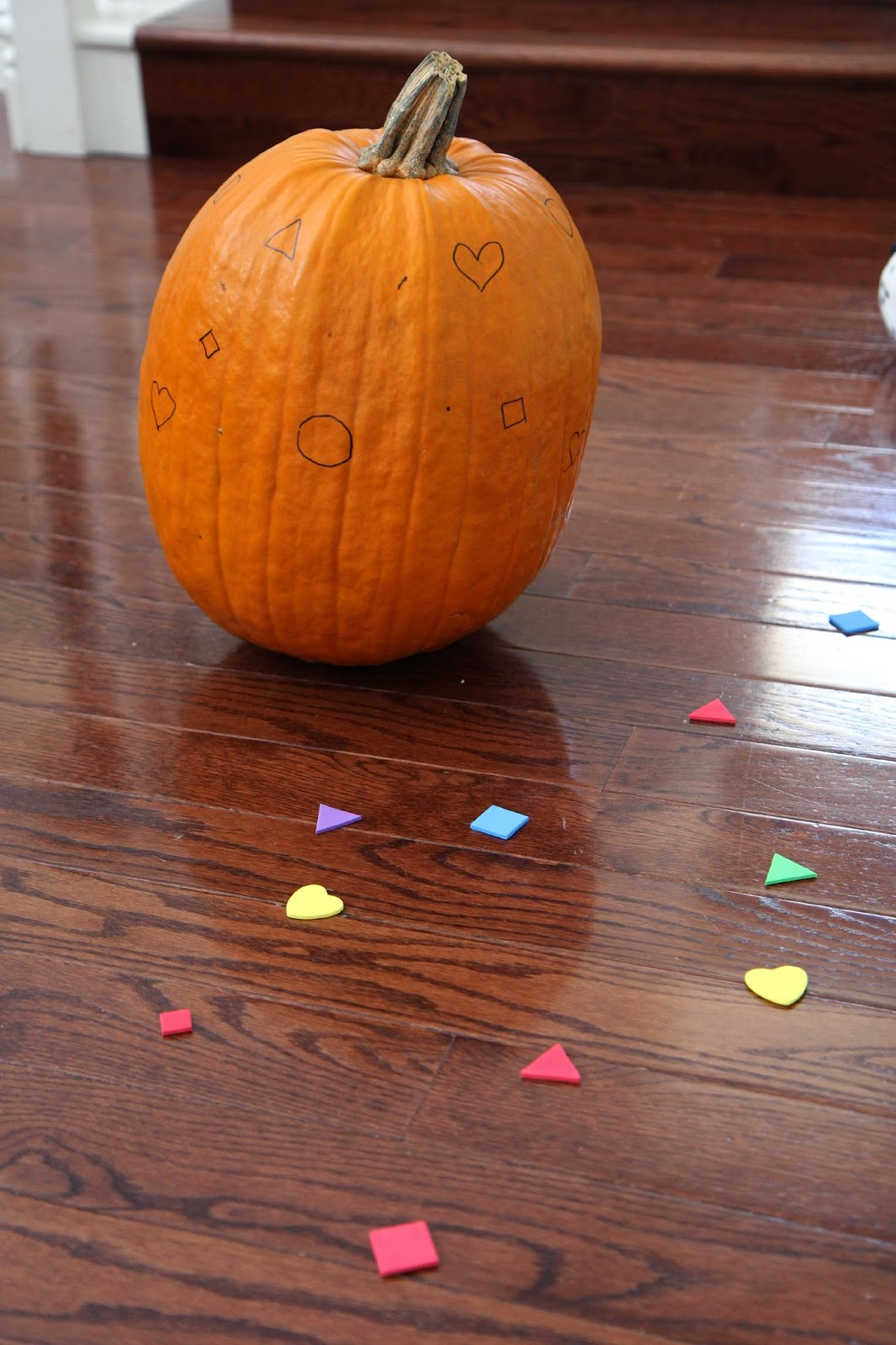 Toddler Approved Shape Pumpkin Matching Game