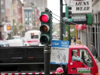 اودي تتيح نظام جديد يتيح تجاوز كل إشارات المرور بدون مخالفات
