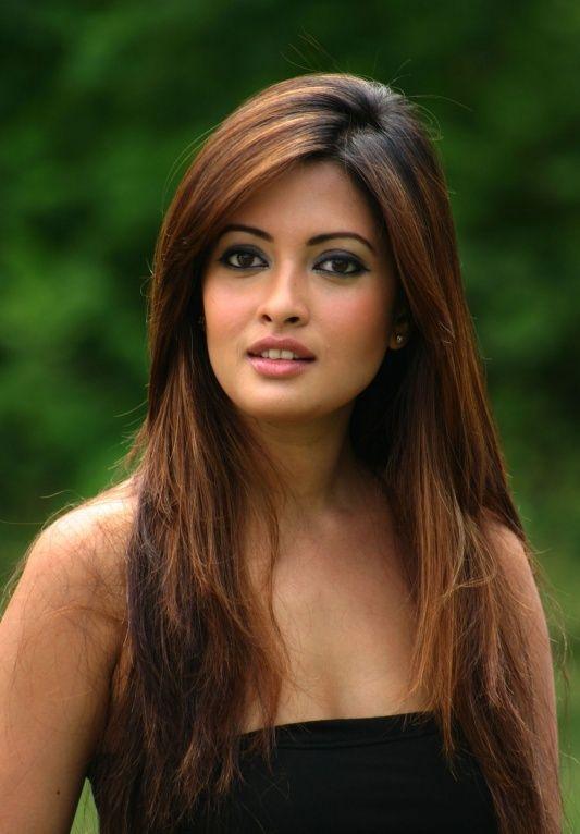 Celebrity Hairstyle Ideas For Girls Riya Sen Hairstyle