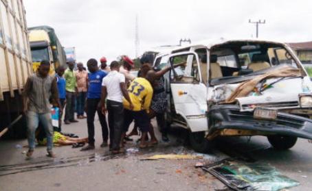 fatal accident kills 20 kaduna abuja expressway