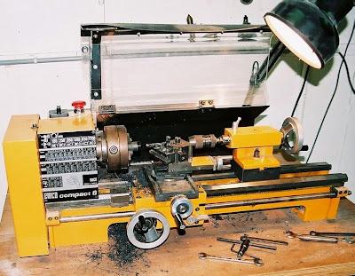 mesin bubut, pengertian mesin bubut, prinsip kerja mesin bubut