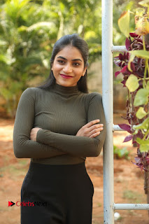 Tollywood Actress Punarnavi Bhupalam Latest Po Gallery in Black Trouser Pant at Pittagoda Movie Interview  0058.JPG