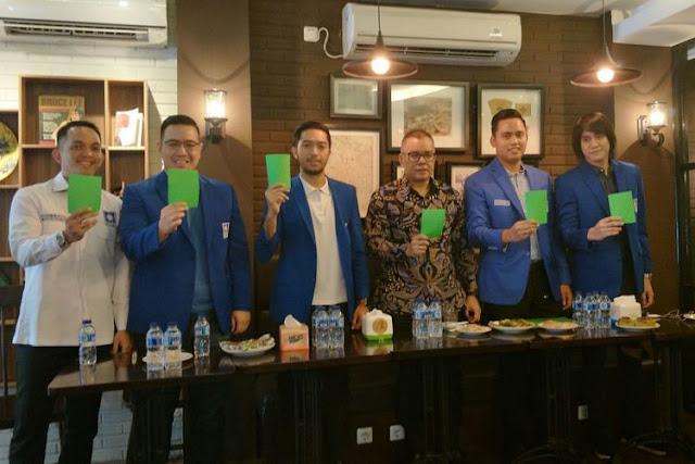 Amien Rais Beri Kartu Merah, Generasi Muda PAN Beri Kartu Hijau untuk Jokowi