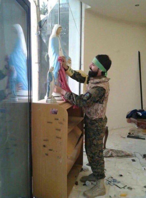Tentara Irak Bantu Perbaiki Gereja-Gereja yang Direbut dari ISIS