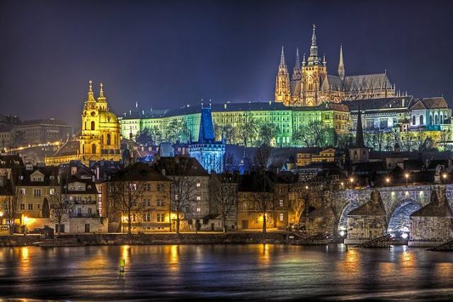 Image result for Kastil Praha.