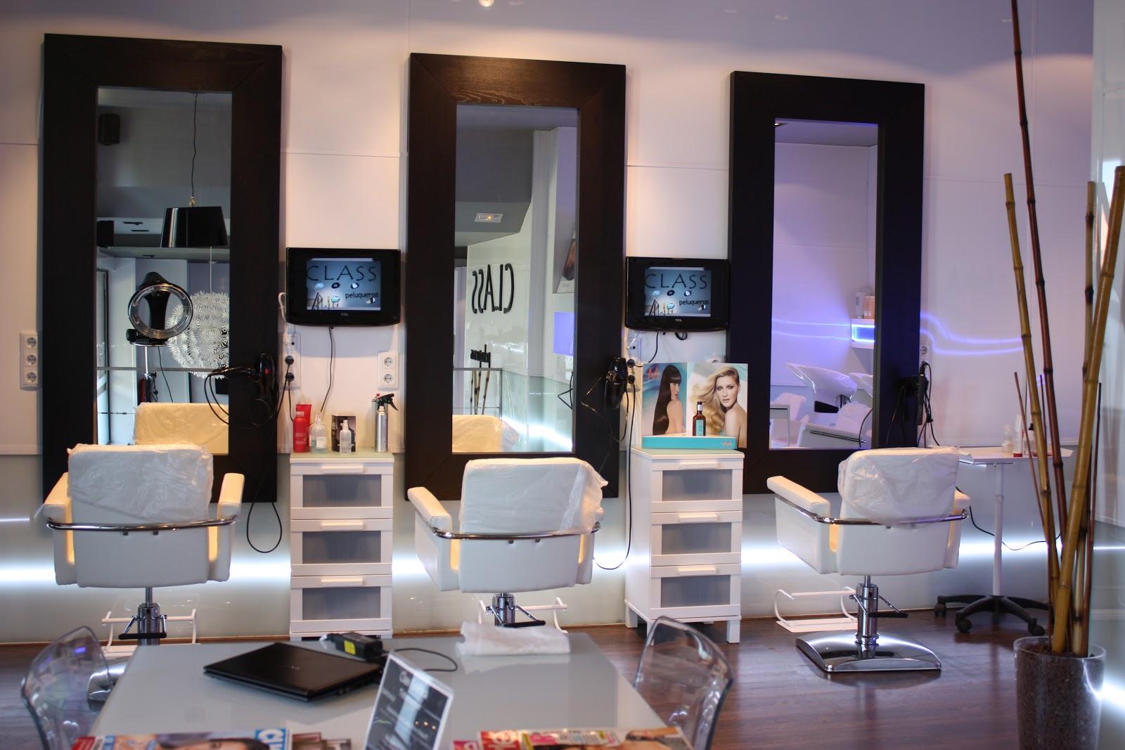 mobiliario y productos de peluquería y estética