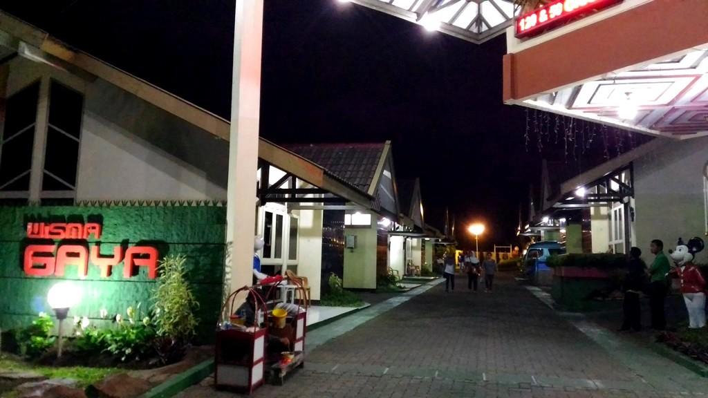 Daftar Hotel Di Bandungan Murah Bagus Dan Bebas Razia Tribun Wisata