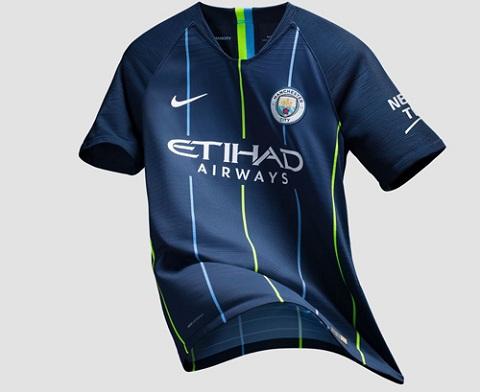 Cận cảnh chiếc áo của Man City