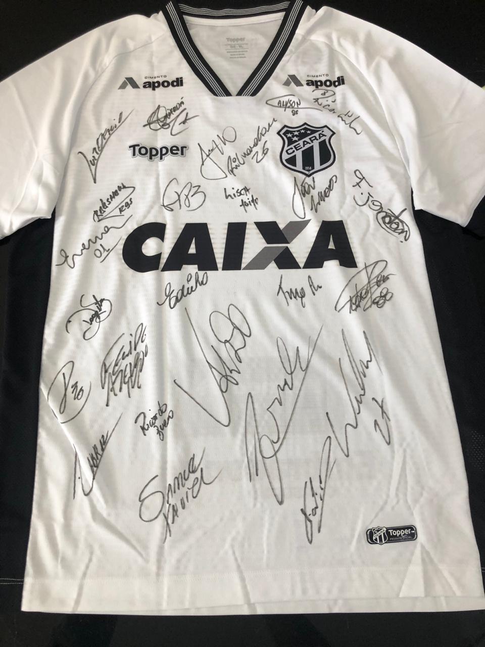 Camisa autografada do Ceará será leiloada no  Amigos em Ação  f18b6d2c60f65