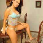 Andrea Rincon, Selena Spice Galeria 34 : Blue Jean Y Blusa Con Flores Foto 67