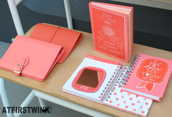 HEMA coral stationery