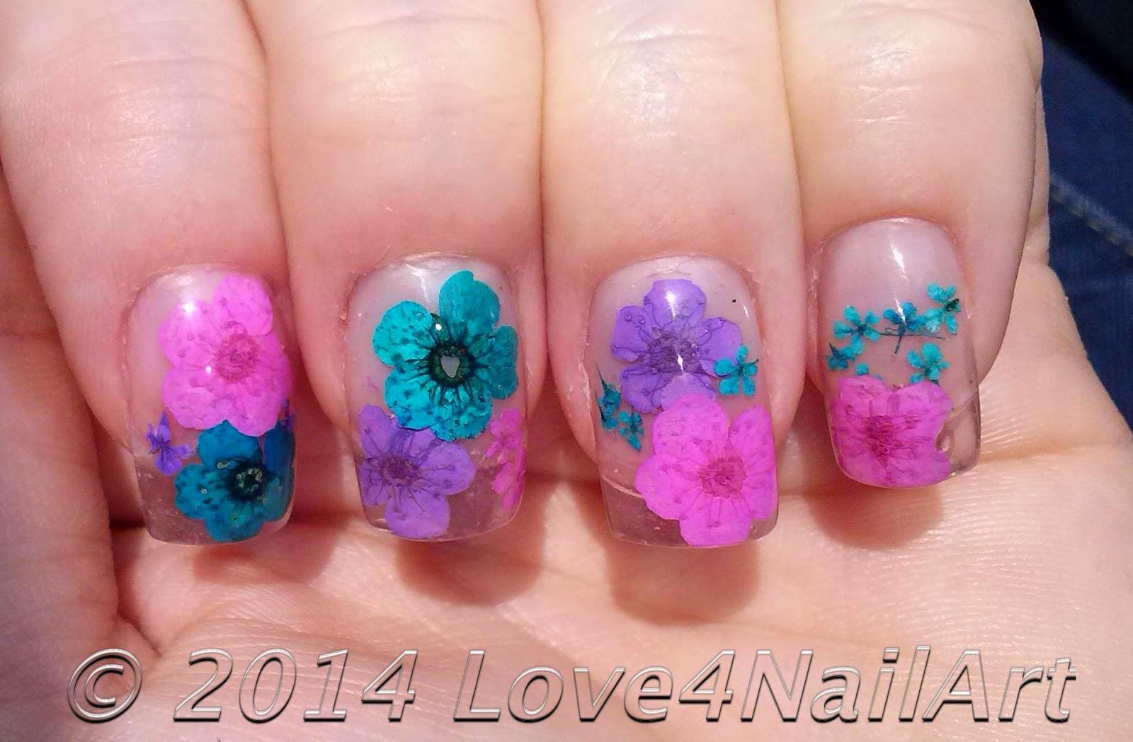 Love4NailArt: Encapulated Dried Flower Acrylic Nails