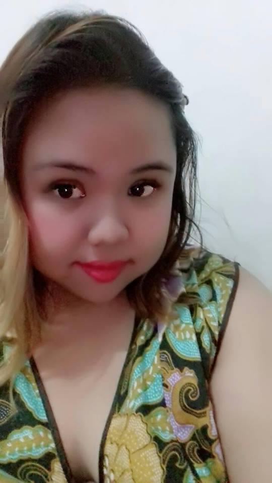Tiara Seorang Janda Beragama Kristen Protestan Suku Jawa Berprofesi HRD Pabrik Kayu Di  Kendal Provinsi Jawa Tengah Mencari Jodoh Pasangan Pria Untuk Jadi Calon Suami
