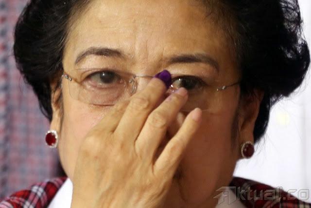 Ungkapan Kesedihan dari Ibu Megawati Usai  Mendengar Anak Kesayangannya Divonis 2 Tahun  Penjara