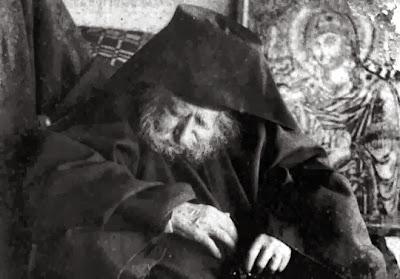 http://2.bp.blogspot.com/-C_3fHj6J--A/UlZTbnpLk_I/AAAAAAAANxc/8QZdgO-JNLE/s1600/Monaxos-Iakovos-Vatopaidinos-1807-1904.jpg