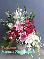 Bunga Mawar Merah Dendrobium