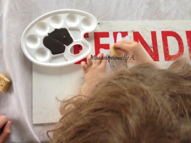 || Activité : Arbres d'automne ; empreintes de mains et peinture (maison !) à l'éponge (L'art est un jeu d'enfant # 8)