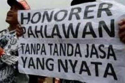 Guru Honorer adalah Pahlawan Tanpa Tanda Jasa