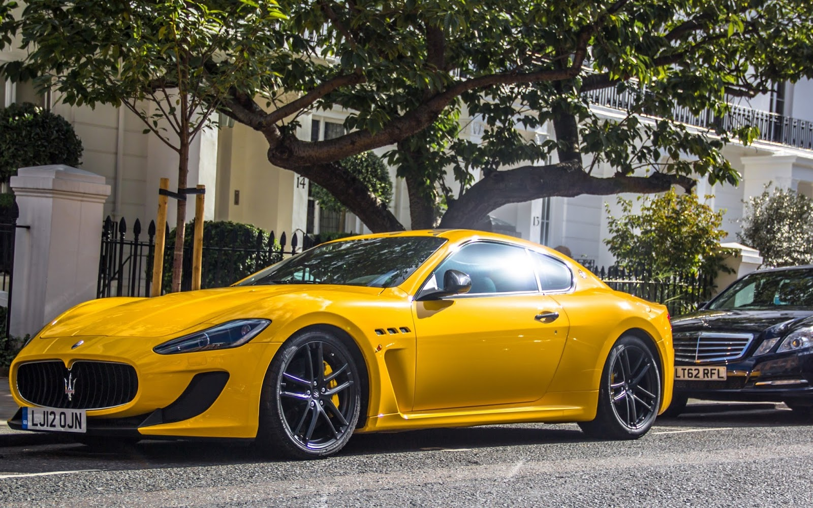 Yellow Car Wallpapers