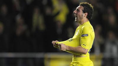 Santi Carzola earns contract at Villareal