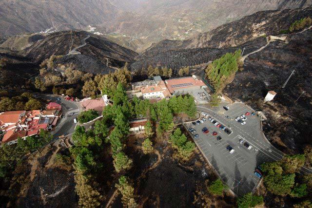 Fotos reconocimiento incendio Gran Canaria desde  el aíre