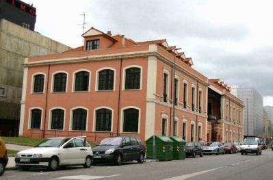 Descubriendo asturias edificio del antiguo compleo for Oficina de correos gijon