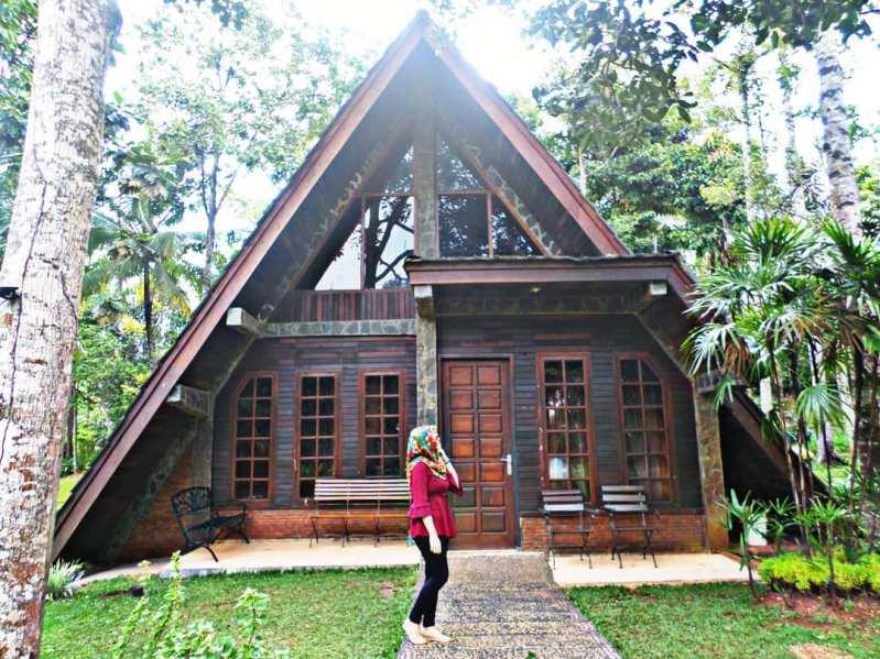cottage lembah hijau lampung