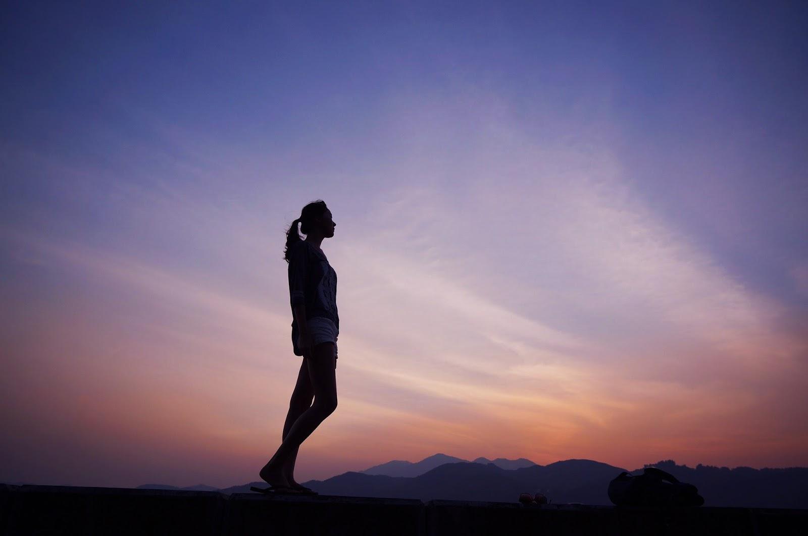 Anusara yoga: il corpo allineato e la grazia nel cuore yoga