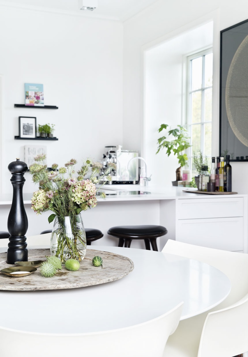 Decordemon: 30s villa's beautiful transformation in denmark