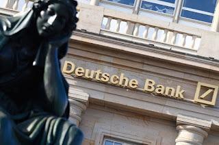 Τί κρύβεται πίσω από το «ναυάγιο» της Deutsche Bank