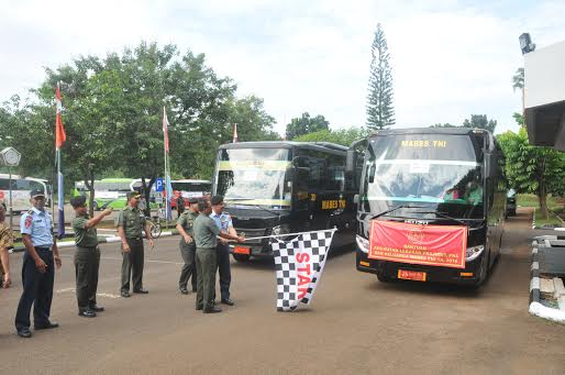 Mabes TNI berangkatkan 1.304 Prajurit TNI dan PNS Mudik Gratis