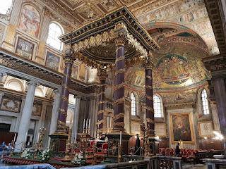 Basílica santa María la Mayor en bus turístico por roma
