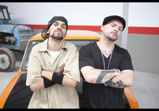 El Dictador Del Bienestar Duo Kie Presentan Mtv Tuning España