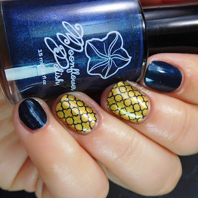 moonflower-polish-navy-blue-swatch-1