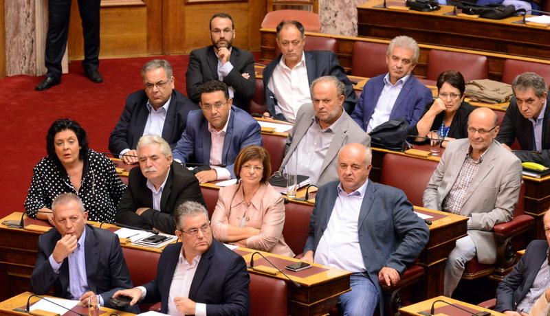 Στη Βουλή από το ΚΚΕ οι ελλείψεις στα ιατρεία στρατιωτικών μονάδων του Έβρου