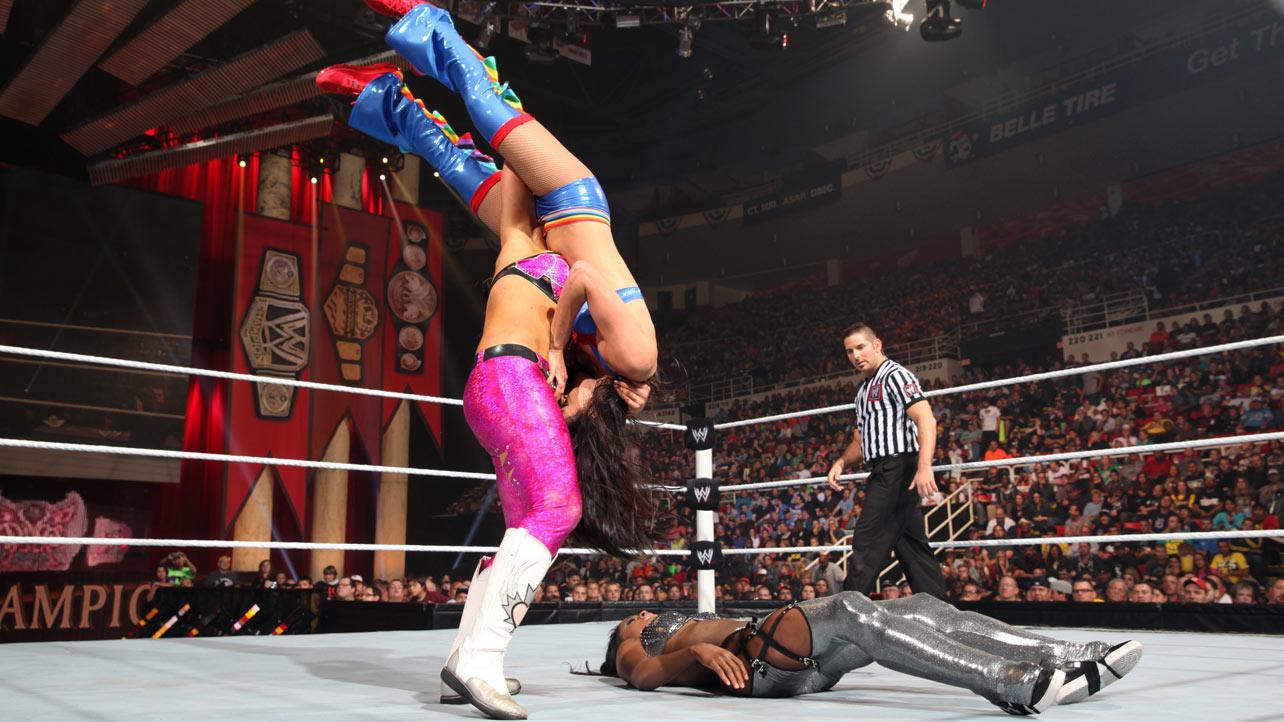 Natalya Champions Naomi 2013 Brie Night Lee Vs Wwe Vs Vs Bella Aj
